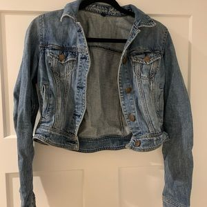 🎉2/$35🎉 American Eagle Cropped Jean Jacket